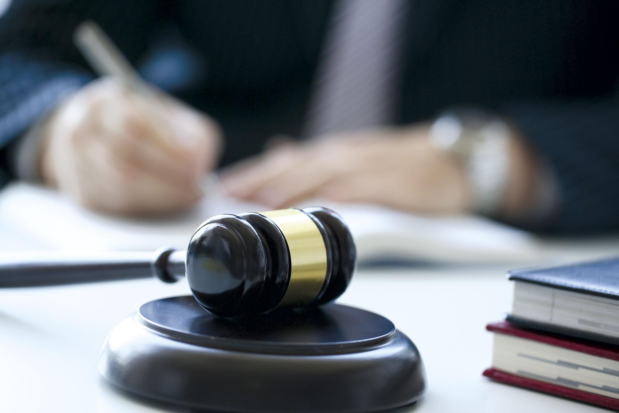 Kaufvertrag kommt durch den Zuschlag in der Immobilienauktion zustande