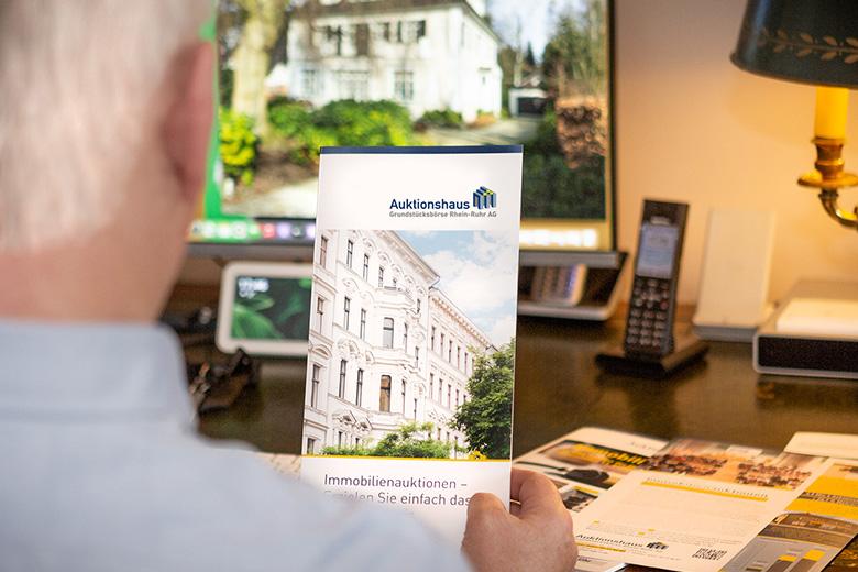 Informationsmaterial zu Immobilien-Versteigerungen anfordern